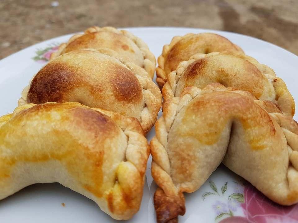 empanadas de bolivia